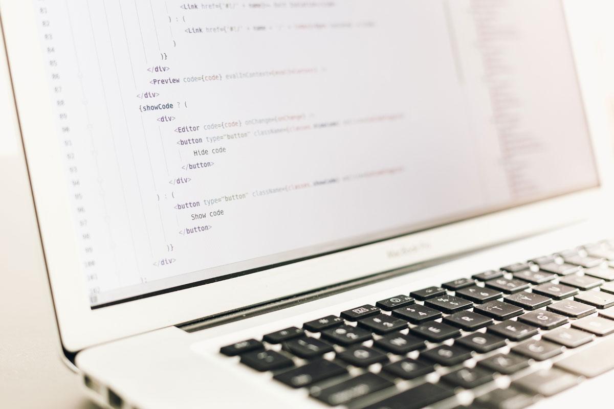 Laptop w/code